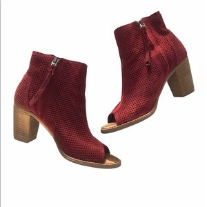 Toms Majorca Perforated Suede Bootie Size 7